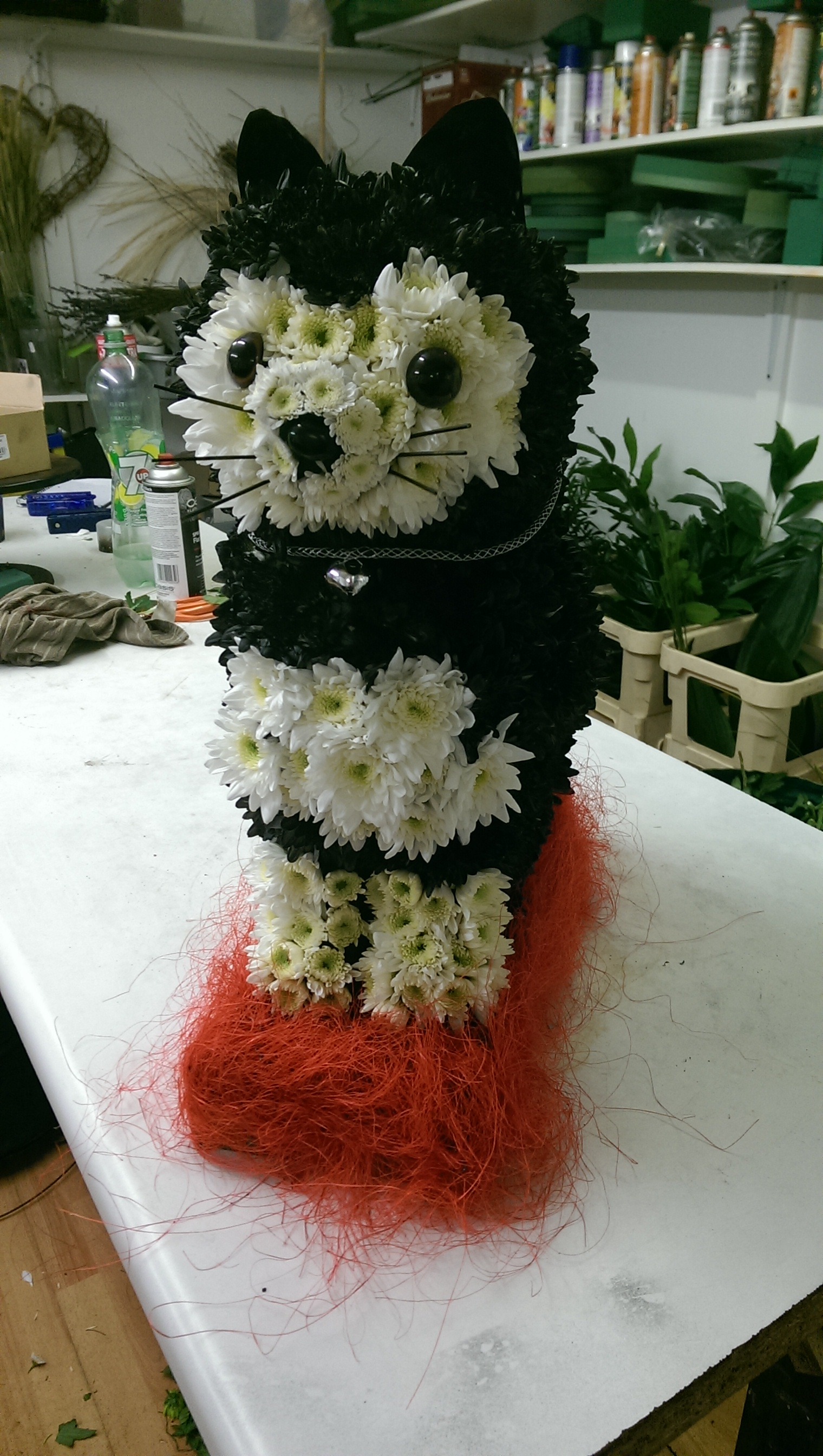 Themed floral tributes first impression flowers 3d black cat made from flowers 165 izmirmasajfo