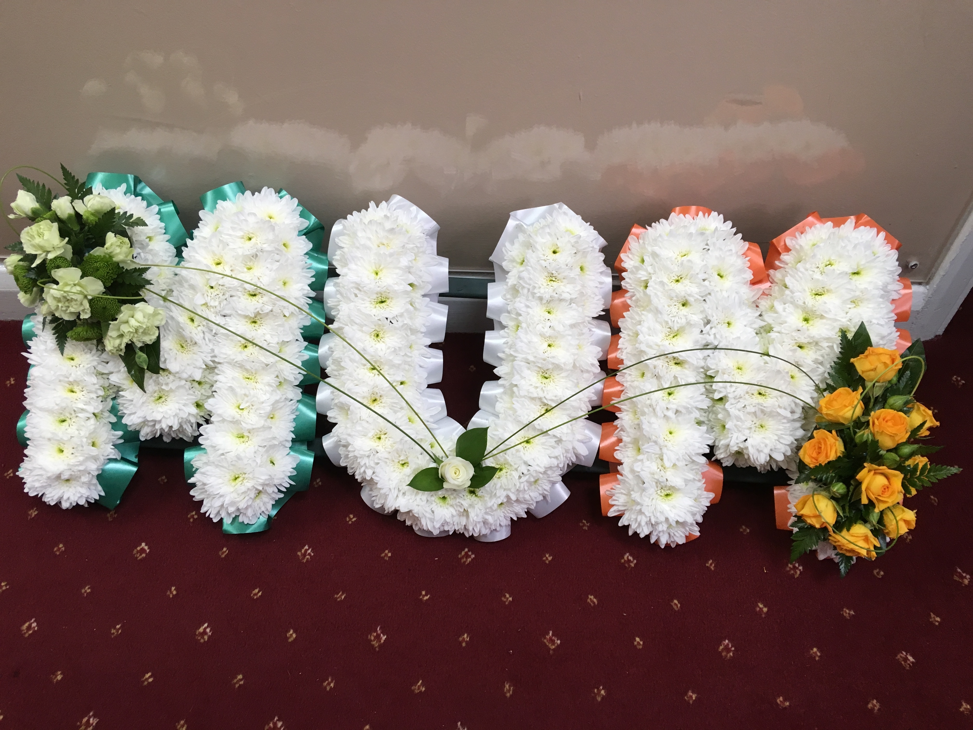Mum frame in Irish colours made from flowers