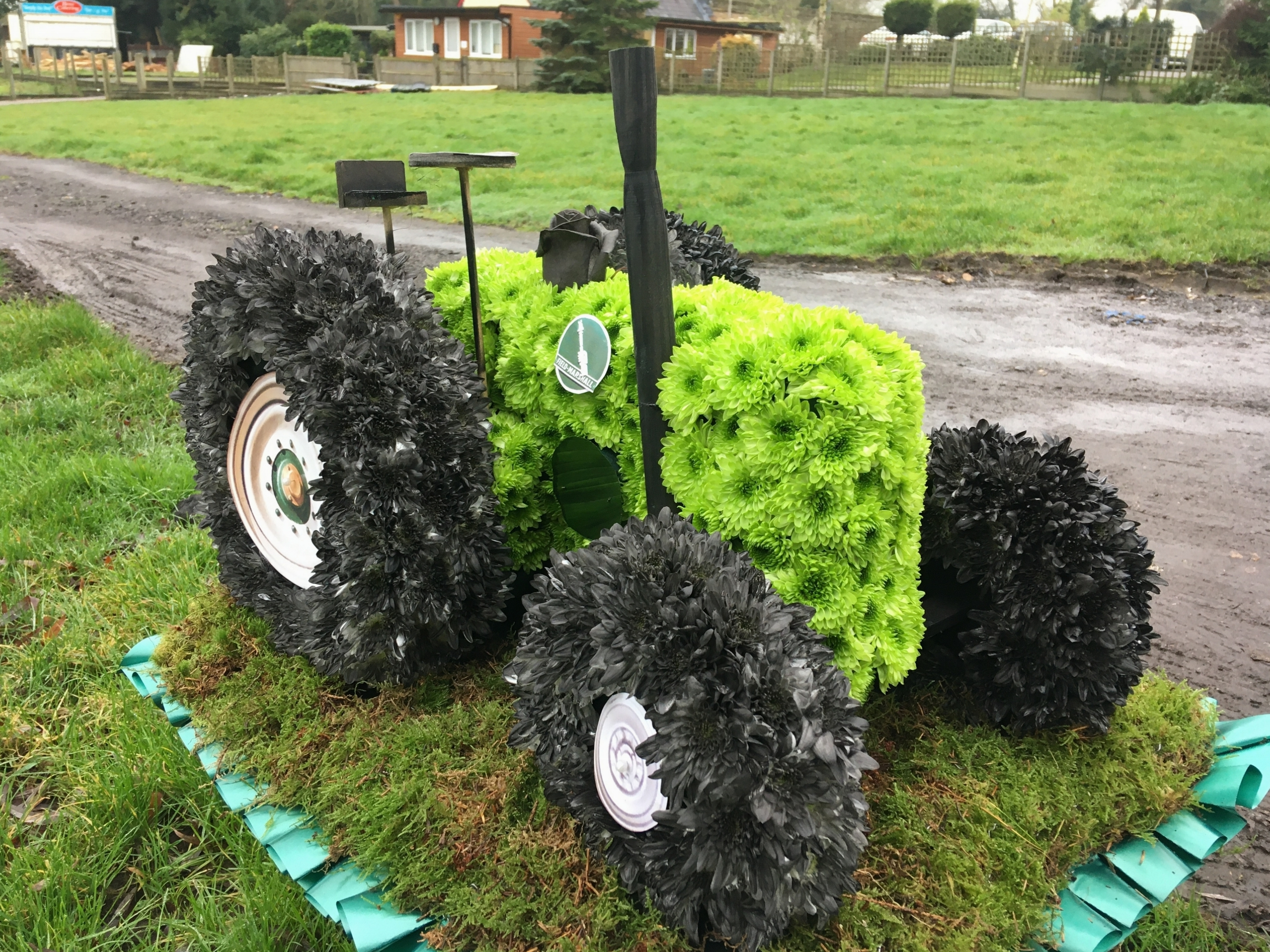 Tractor made from flowers