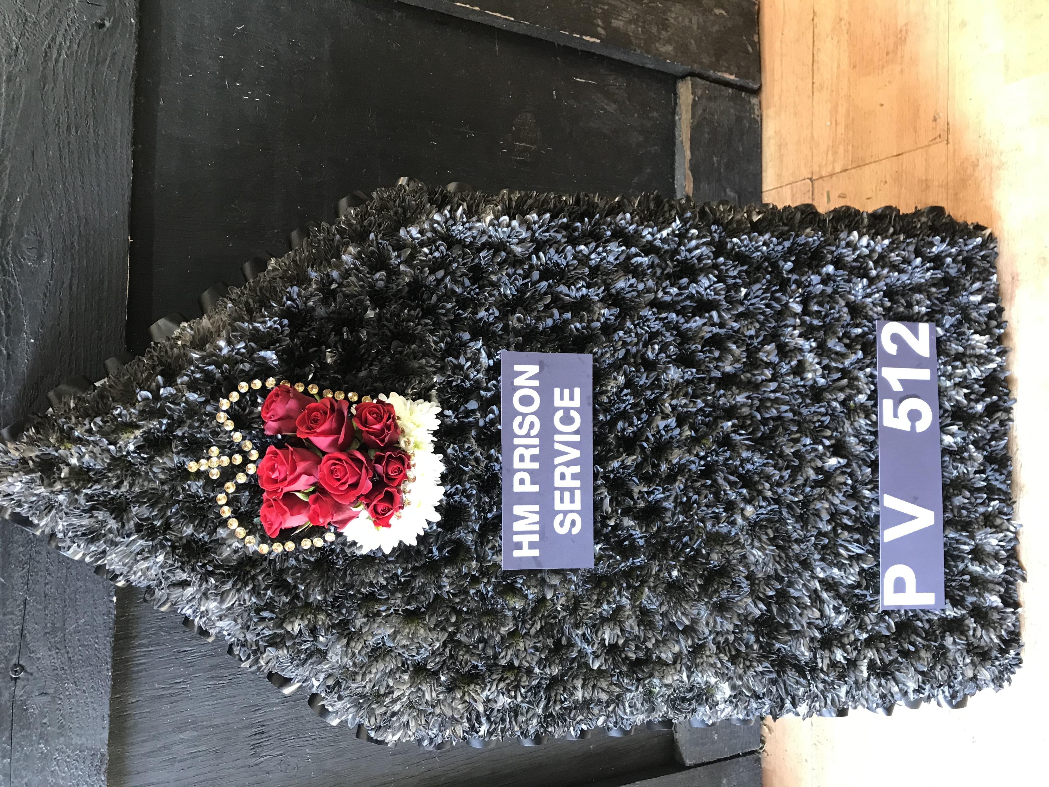 Epaulet made from flowers